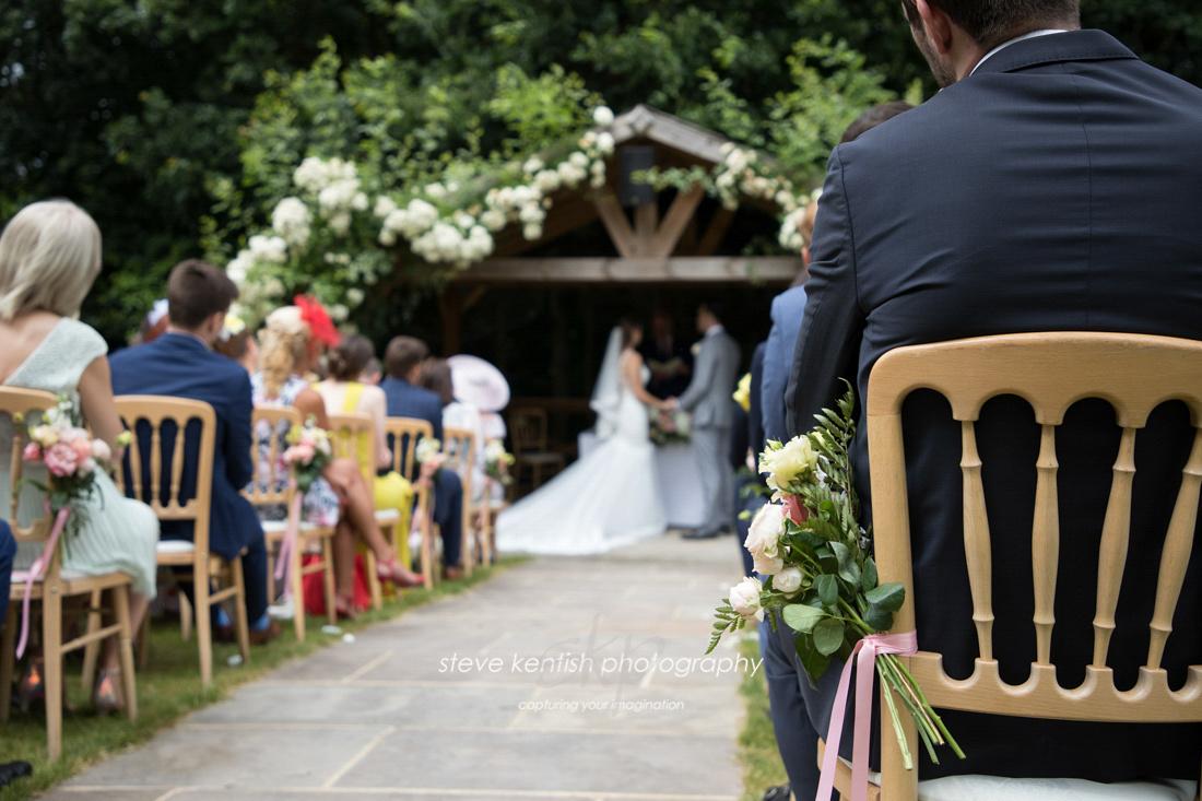Bury Court Barn Wedding Photograph 008