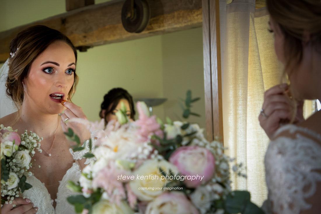 Wedding Photograph Bury Court Barn 004