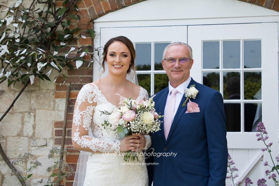 Wedding Photograph Bury Court Barn 006