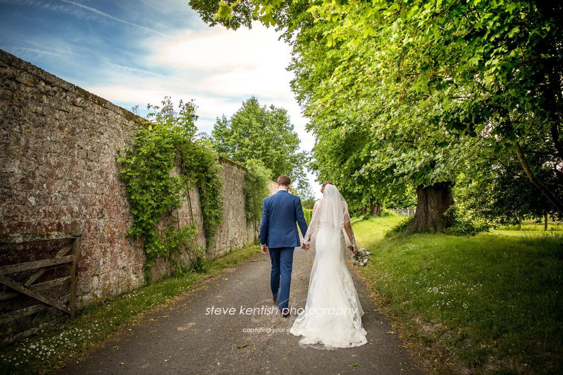 Wedding Photograph Bury Court Barn 014