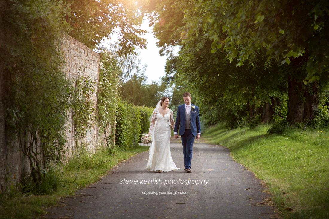 Wedding Photograph Bury Court Barn 015
